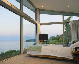 [:ru]Спальня. Продаётся дом в новой зеландии[:en]Amazing Ocean view from the bedroom. Home for sale in NZ[:de]Schlafzimmer. Haus in Neuseeland zu verkaufen.