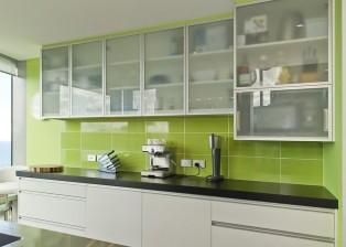 Die Küche des Neuseelandhauses ist modern und elegant eingerichtet. Hauskauf von privat.