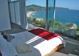 House buying in NZ: Sea View Bedroom
